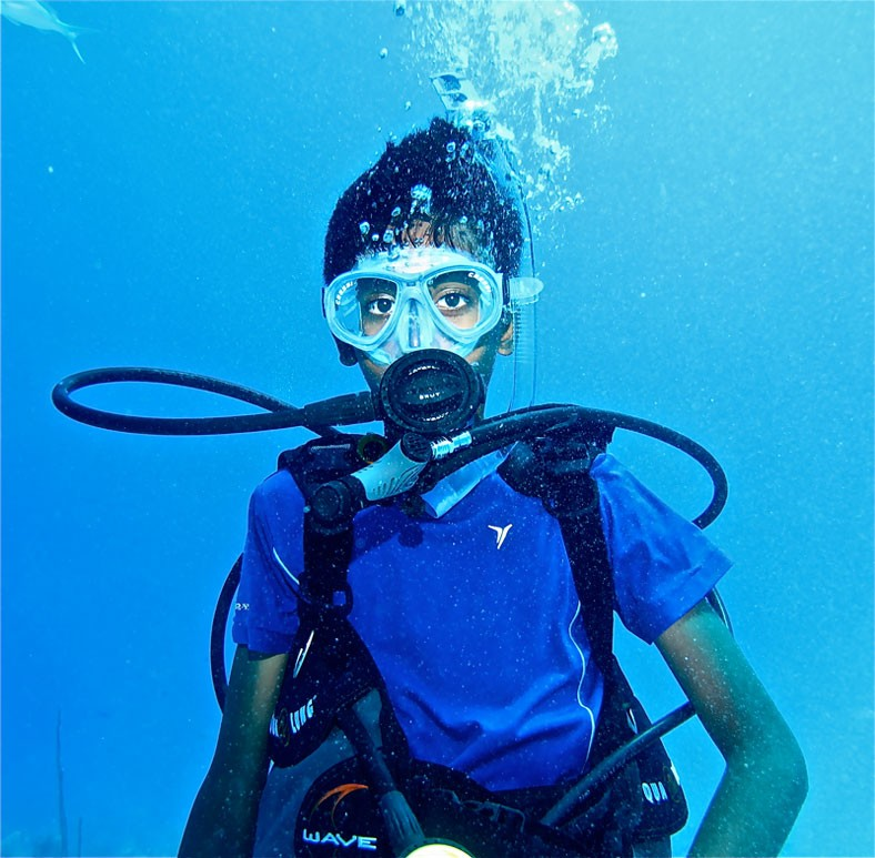 Kids scuba diving in Turks and Caicos