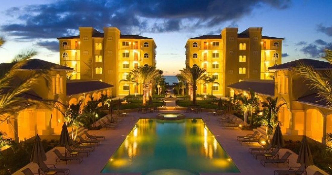 The Tuscany offers tranquility, arched windows, stuccoed walls, private balconies, a huge pool, swaying palm trees and tennis courts. Oh yes, and it's ranked #1 on Tripadvisor…..that's always a huge plus!